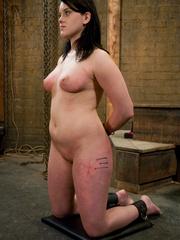 Bondage galleries. Gorgeous Slave girl - Unique Bondage - Pic 13