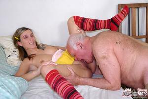 Xxx hardcore. Grandpa fucking the food d - Picture 6