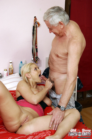 Xxx young. Senior plumber helping out a  - XXX Dessert - Picture 8