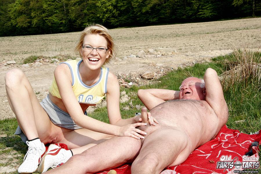 Brooke hunter nude in forbidden fantasies video clip