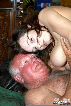 Hardcore. Old pervert is enjoying a mass - XXX Dessert - Picture 12