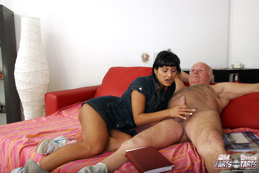 Amateur Young Girl Old Guy
