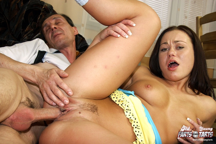Shemale toying with dildo