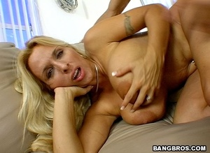 Fuck in office. A prime-time older lady. - XXX Dessert - Picture 8