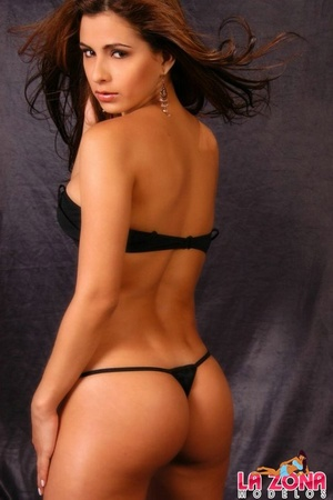 Latin hot. Sabrina strips down to her th - XXX Dessert - Picture 8