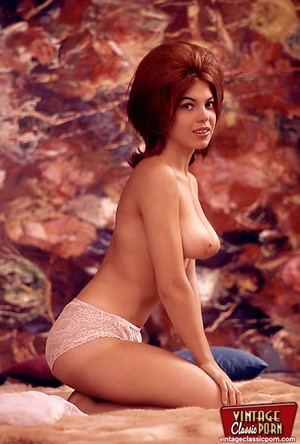 Very hairy pussy. Beautiful sixties hous - XXX Dessert - Picture 7