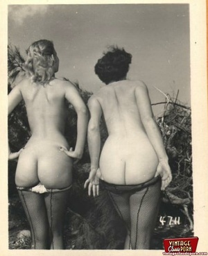 Hairy twat. Several vintage girls showin - XXX Dessert - Picture 8
