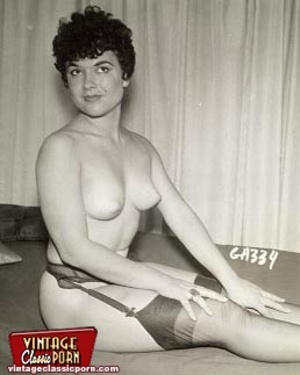 Vintage housewives naked