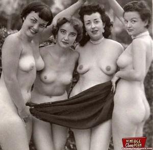 Hairy porn. Vintage fourties outdoor hot - XXX Dessert - Picture 5