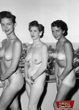 Hairy porn. Vintage fourties outdoor hot - XXX Dessert - Picture 11