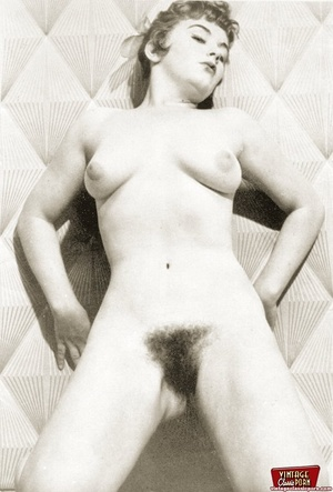 Hairy snatch. Several hairy housewifes s - XXX Dessert - Picture 3