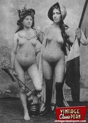 Vintage porn classic. Several ladies fro - XXX Dessert - Picture 11