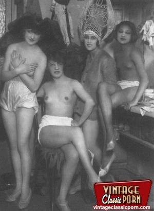 Vintage porn classic. Several ladies fro - XXX Dessert - Picture 12