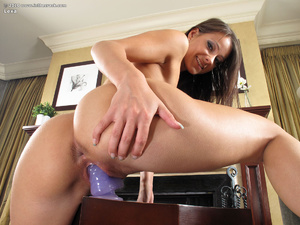 Girls pussy. In The Crack. - XXX Dessert - Picture 13