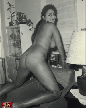 Hairypussy. Black babes from the sixties - XXX Dessert - Picture 1