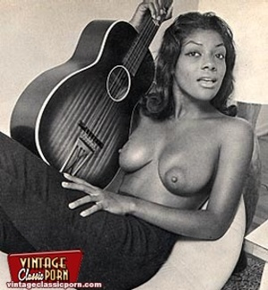 Hairypussy. Black babes from the sixties - XXX Dessert - Picture 3