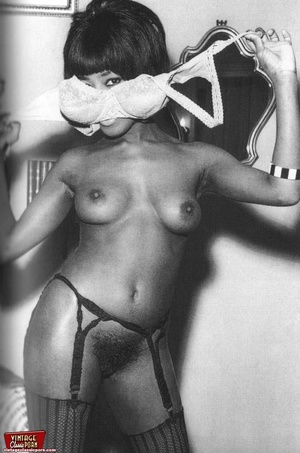 Hairypussy. Black babes from the sixties - XXX Dessert - Picture 9