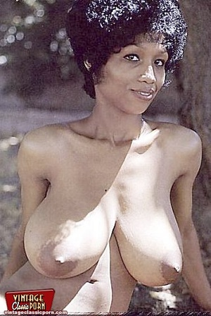 Hairypussy. Black babes from the sixties - XXX Dessert - Picture 11