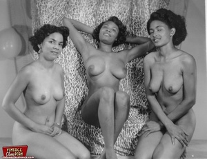 Hairypussy. Black babes from the sixties - XXX Dessert - Picture 12