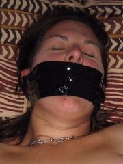 Bdsm girls. House wife tied blowjob. - Unique Bondage - Pic 2