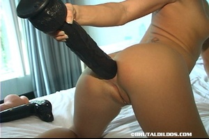 Extreme fisting. Thick Black Dildo In Th - XXX Dessert - Picture 14