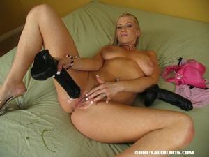 Sex toys porn. Xana stuffing a brutal di - XXX Dessert - Picture 9