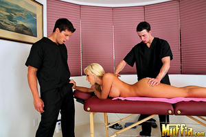 Big dick monsters. Jessica lynn takes tw - XXX Dessert - Picture 5