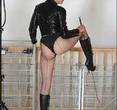 Xxx bondage. Booted mature mistress.