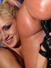 Bdsm. Sexy babe got captured by mistress Lee - Unique Bondage - Pic 11