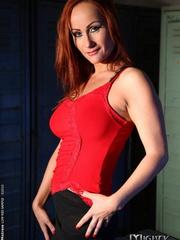 Bondage sex. Watch Mandy Bright as she - Unique Bondage - Pic 1
