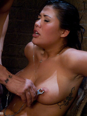 Bdsm girls. Asian beauty London Keyes - Unique Bondage - Pic 13