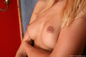 Young 18 teen sex. Stunning, natural, bl - XXX Dessert - Picture 12