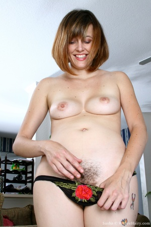 Hairy vagina. Sasha is at her natural be - XXX Dessert - Picture 10