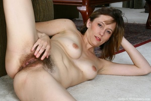 Hairy vagina. Sasha is at her natural be - XXX Dessert - Picture 16
