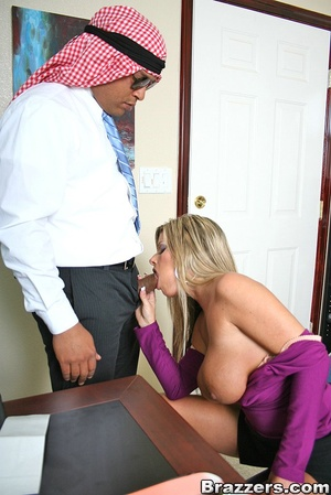 Office porn. Hot and horny chick fucks a - XXX Dessert - Picture 4