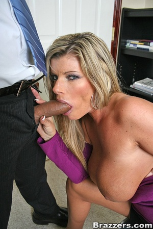 Office porn. Hot and horny chick fucks a - XXX Dessert - Picture 6