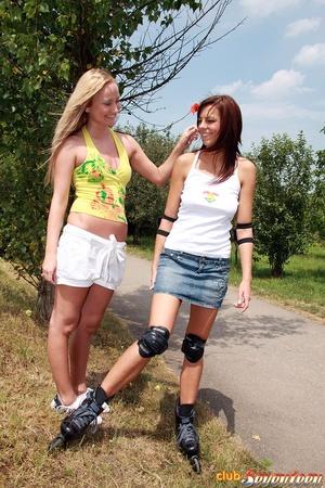 Teen porn girls. Willing teenies on skat - XXX Dessert - Picture 1