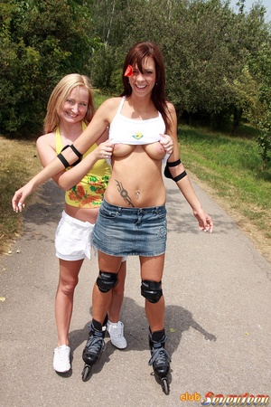 Teen porn girls. Willing teenies on skat - XXX Dessert - Picture 3