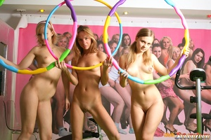 Girl on girl porn. Three cute lesbo frie - XXX Dessert - Picture 9