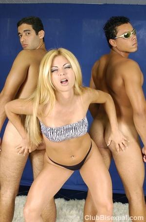 Bi porn. Hot Brazilian Threesome Posing  - XXX Dessert - Picture 11