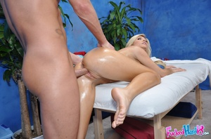 Teen girls sex. Sexy 18 year old blonde  - XXX Dessert - Picture 13