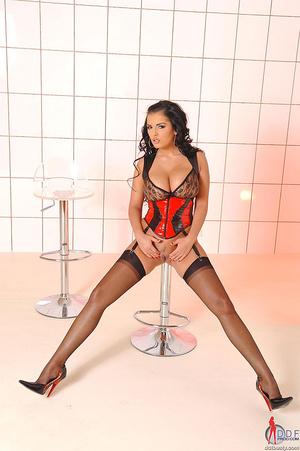 Boobs porn. Jasmine Black shows her big  - XXX Dessert - Picture 4