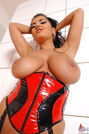 Boobs porn. Jasmine Black shows her big  - XXX Dessert - Picture 14