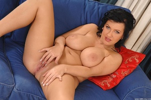 Tits porn. Big, bouncy-breasted Kora toy - XXX Dessert - Picture 9