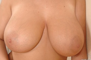 Tits porn. Big, bouncy-breasted Kora toy - XXX Dessert - Picture 16