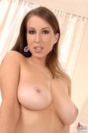 Sexy boobs. Sweet busty Caroline posing  - XXX Dessert - Picture 5