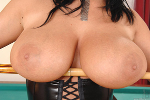 Best boobs. Big tits babe Kora masturbat - XXX Dessert - Picture 4