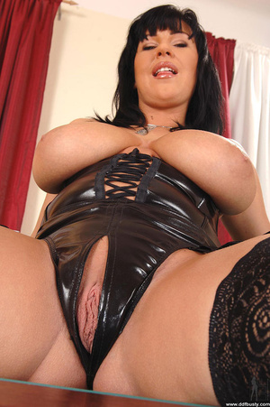Best boobs. Big tits babe Kora masturbat - XXX Dessert - Picture 7
