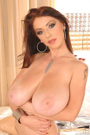 Big boobs porno. Busty babe Merilyn Seko - XXX Dessert - Picture 16