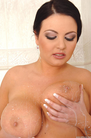 Big busty. Big tits babe Marille's boobs - XXX Dessert - Picture 12